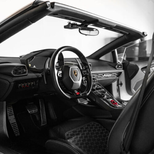 Exotic Car Rental - Lamborghini Huracan Spyder Interior