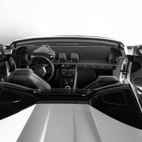 Lamborghini Huracan Spyder Interior Top Down
